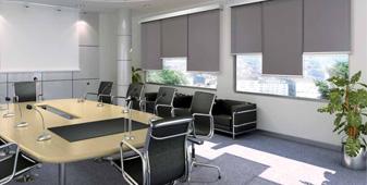 Tende a rullo tecniche per l'ufficio e per la casa - Produzione, installazione, pulizia e manutenzione